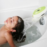 Boon Flo, Water Deflector and Protective Faucet Cover with Bubble Bath Dispenser in Kiwi