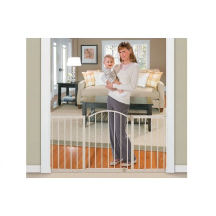 Summer Infant Metal Expansion 6 Foot Wide Walk-Thru Gate