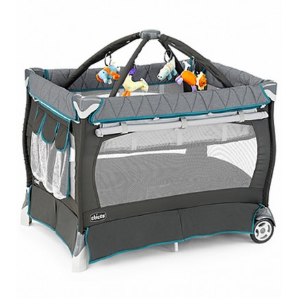 Chicco Lullaby Playard in Vapor
