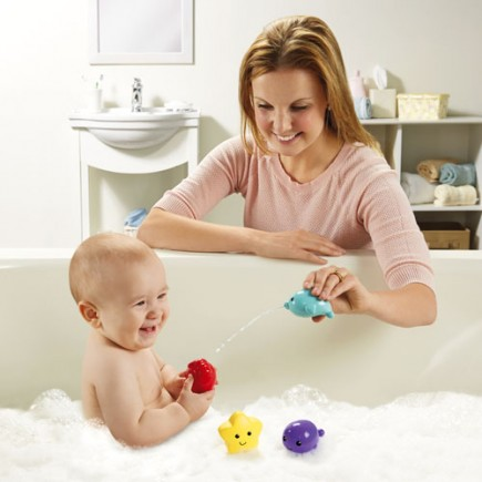 Fisher Price Tubtime Bath Squirters Whale